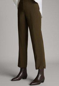 Massimo Dutti - Trousers - green - 0