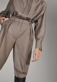 Massimo Dutti - CAMPAIGN COLLECTION - Pantalon classique - dark grey - 4