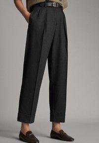 Massimo Dutti - MIT SCHNALLE - Trousers - dark grey - 0
