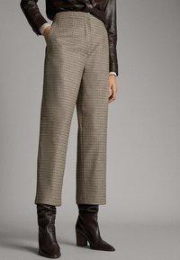 Massimo Dutti - Pantalon classique - brown - 3