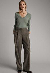 Massimo Dutti - Pantalon classique - olive - 0