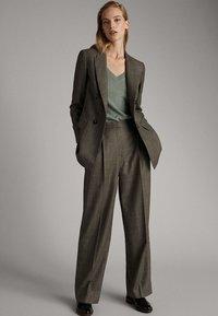 Massimo Dutti - Pantalon classique - olive - 1