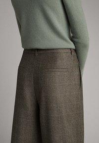 Massimo Dutti - Pantalon classique - olive - 5
