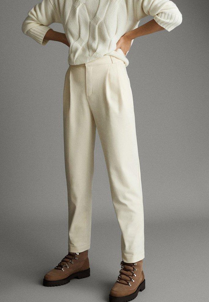 Massimo Dutti - APRES SKI COLLECTION - Pantalon classique - white