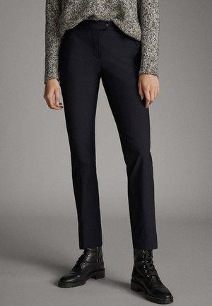 UNIFARBENE SLIM-FIT-HOSE 05040533 - Trousers - blue