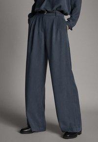 Massimo Dutti - 05009519 - Trousers - dark grey - 3