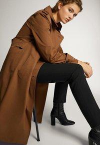 Massimo Dutti - 05041542 - Trousers - black - 3