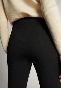 Massimo Dutti - 05041542 - Trousers - black - 5