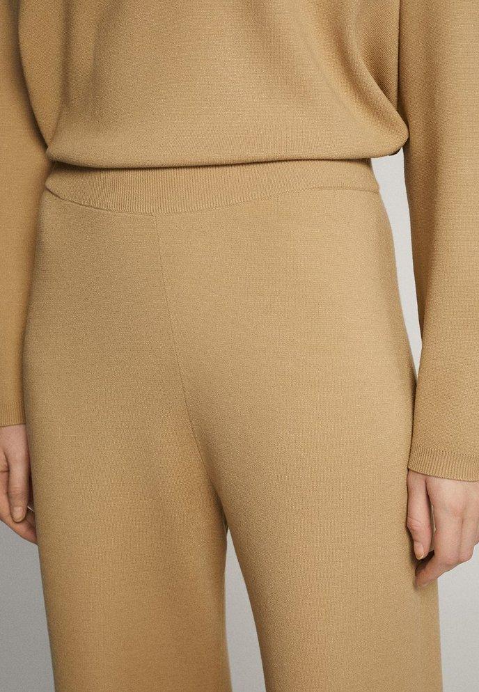 Massimo Dutti Joggerhose 05072830 - Pantalon De Survêtement Brown