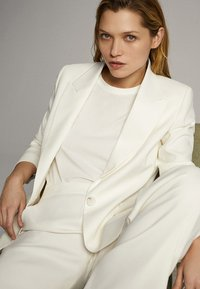 Massimo Dutti - Trousers - white - 6