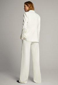 Massimo Dutti - Trousers - white - 4