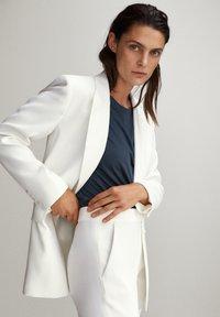 Massimo Dutti - Trousers - white - 3