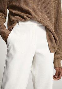 Massimo Dutti - Broek - white - 5