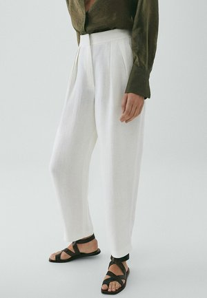 GERADE GESCHNITTENE LEINENHOSE LIMITED EDITION  - Trousers - white