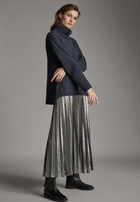 Massimo Dutti - Pleated skirt - silver - 1