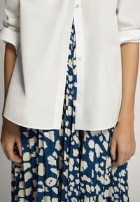 Massimo Dutti - A-line skirt - blue-black denim - 4