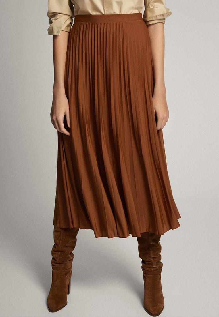 Massimo Dutti - PLISSIERTER ROCK 05223552 - Pleated skirt - brown