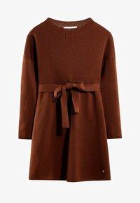Massimo Dutti - MIT GÜRTEL  - Robe pull - brown - 0