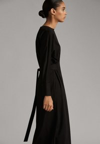 Massimo Dutti - MIT GÜRTEL - Day dress - black - 2