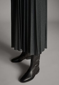 Massimo Dutti - Sukienka koszulowa - dark grey - 3