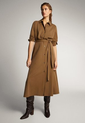 HEMDKLEID MIT GÜRTEL 06621560 - Shirt dress - brown