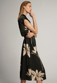 Massimo Dutti - MIT PALMENPRINT  - Skjortklänning - black - 3