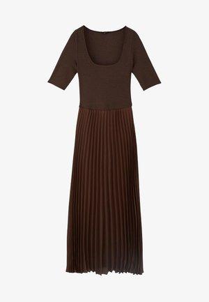 MIT 3/4-ÄRMELN - Day dress - brown