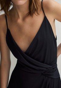 Massimo Dutti - SCHWARZES TRÄGERKLEID 06676780 - Sukienka letnia - black - 2