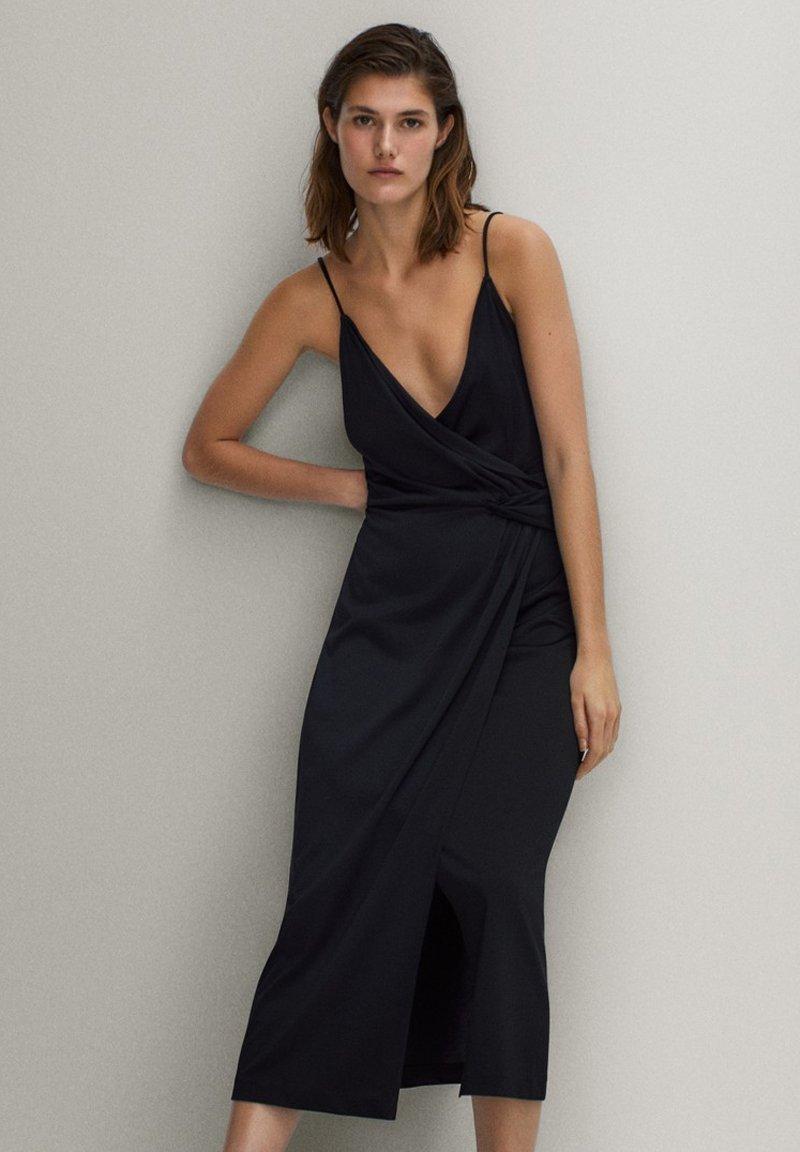 Massimo Dutti - SCHWARZES TRÄGERKLEID 06676780 - Sukienka letnia - black