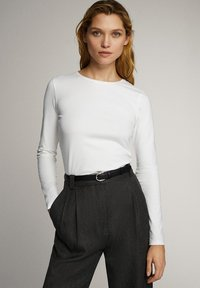 Massimo Dutti - T-shirt à manches longues - white - 3