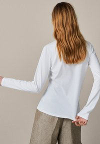 Massimo Dutti - T-shirt à manches longues - white - 7