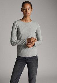 Massimo Dutti - BASIC - Long sleeved top - grey - 1