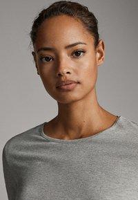 Massimo Dutti - BASIC - Long sleeved top - grey - 3