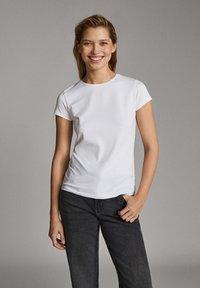 Massimo Dutti - T-shirt basic - white - 1