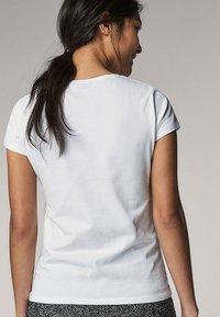 Massimo Dutti - Basic T-shirt - white - 8