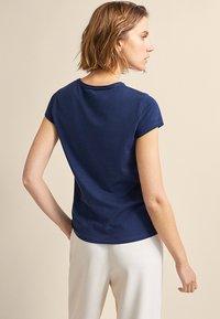 Massimo Dutti - BASIC - Basic T-shirt - dark blue - 2