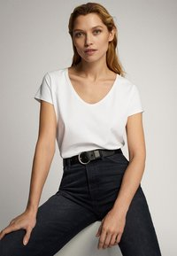 Massimo Dutti - Basic T-shirt - white - 3