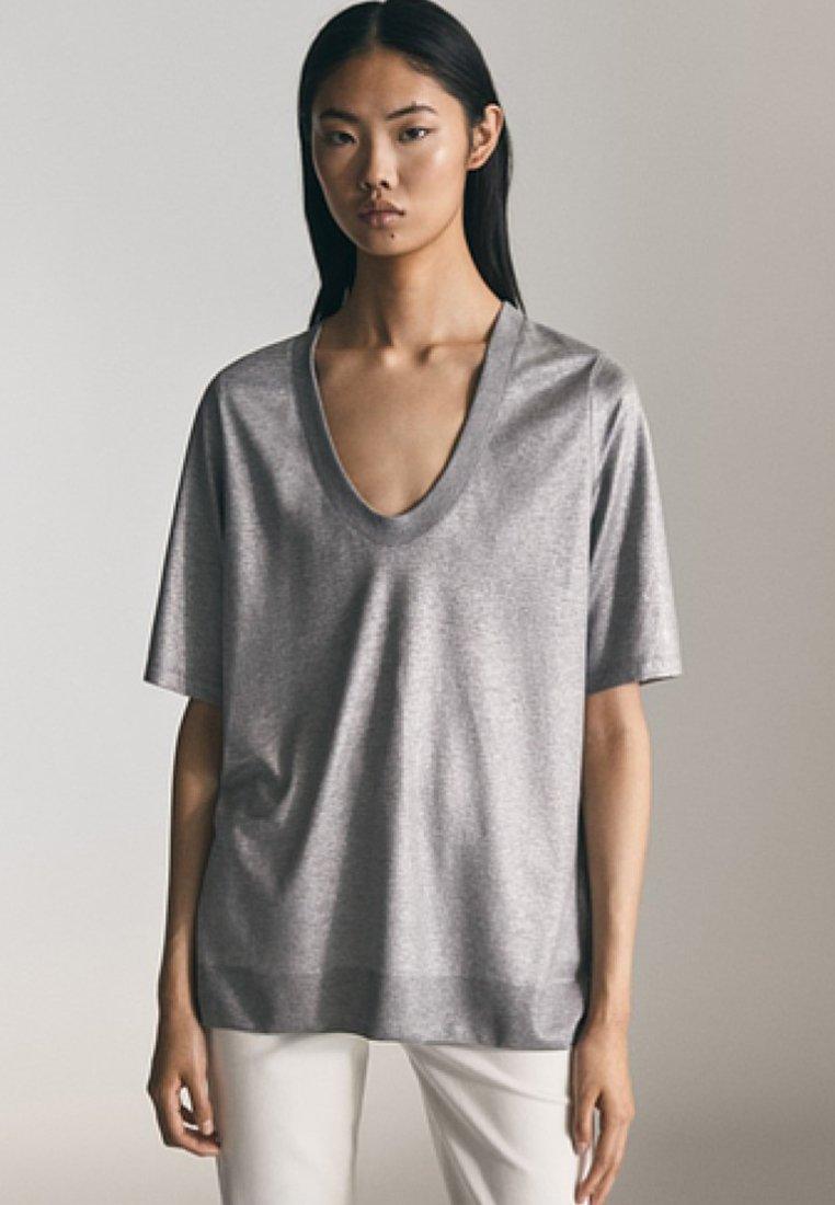 Massimo Dutti - LAMINIERTES  - T-shirt basic - grey