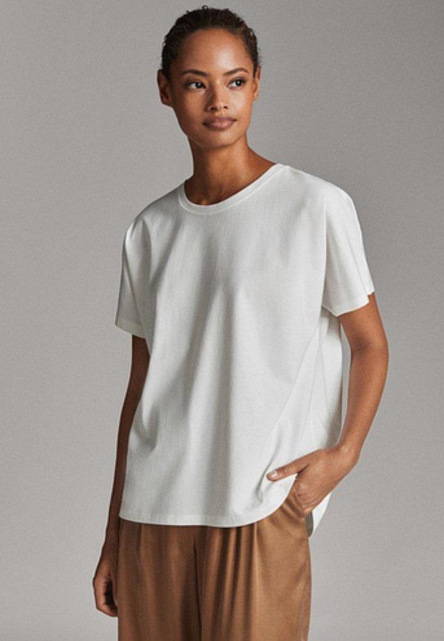 UNIFARBENES BAUMWOLLSHIRT 06812902 - T-shirts basic - white