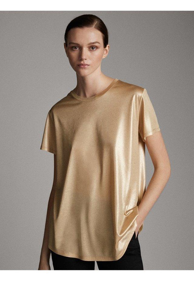 LAMINIERTES T-SHIRT 06800502 - T-shirt basic - gold