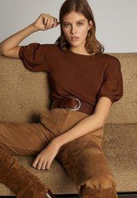 Massimo Dutti - T-shirt print - brown - 5