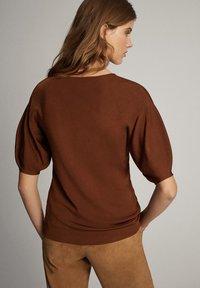Massimo Dutti - T-shirt print - brown - 2
