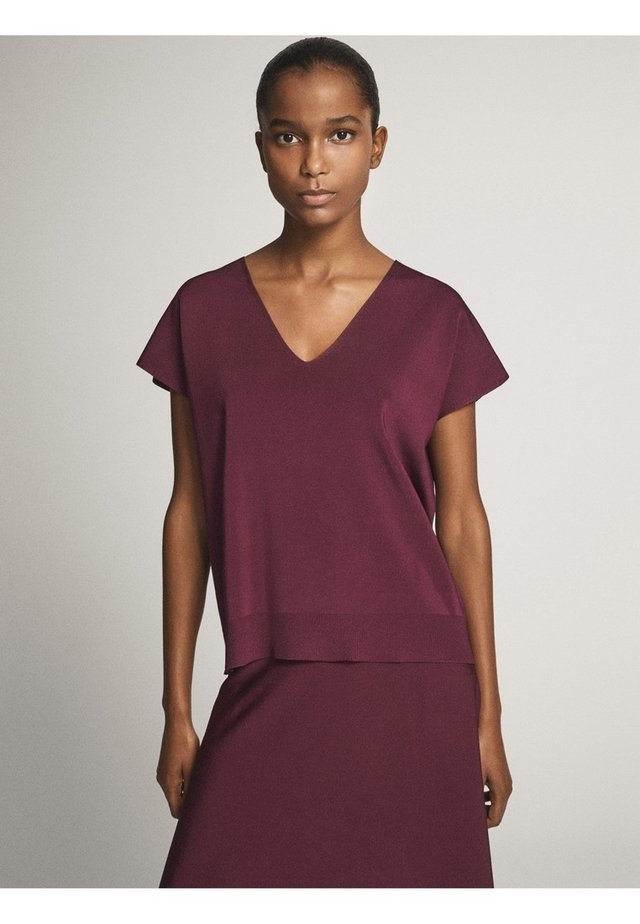 MIT V-AUSSCHNITT - T-shirt con stampa - dark purple