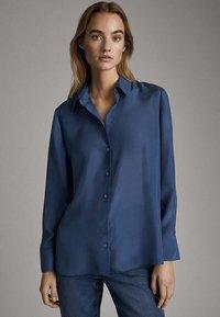 Massimo Dutti - 05123517 - Button-down blouse - blue - 0