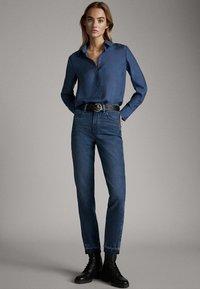 Massimo Dutti - 05123517 - Overhemdblouse - blue - 1