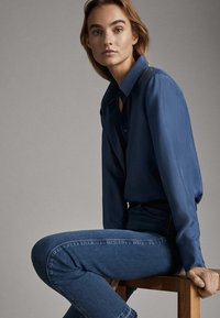 Massimo Dutti - 05123517 - Overhemdblouse - blue - 4