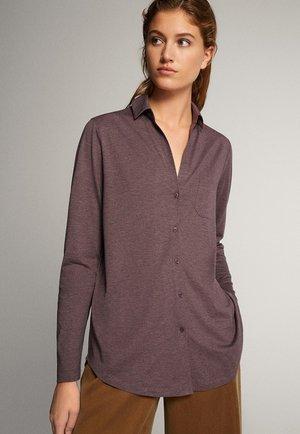 LANGES HEMD MIT KNÖPFEN UND TASCHE 06828561 - Overhemdblouse - dark purple