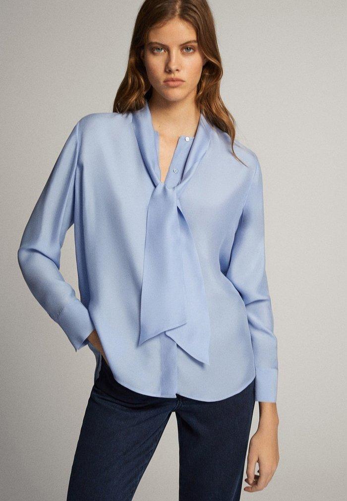 Massimo Dutti - MIT SCHLEIFENDETAIL  - Skjorta - blue