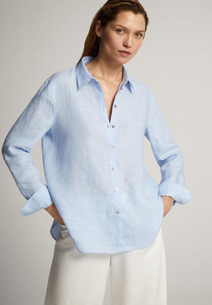 Massimo Dutti - FEIN GESTREIFTES BASIC-HEMD AUS LEINEN 05102512 - Button-down blouse - light blue