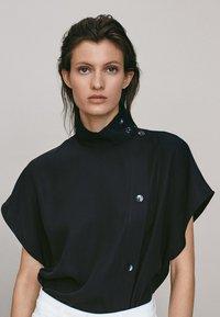Massimo Dutti - Button-down blouse - black - 4